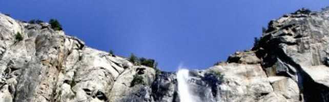 cropped-waterfall-yosemite1.jpg